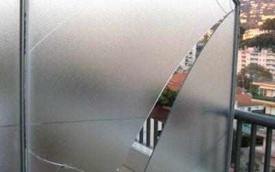 Photos de vitres cassées